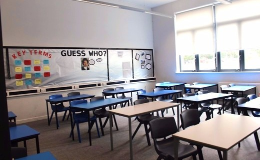 Regular_standard_classroom_1