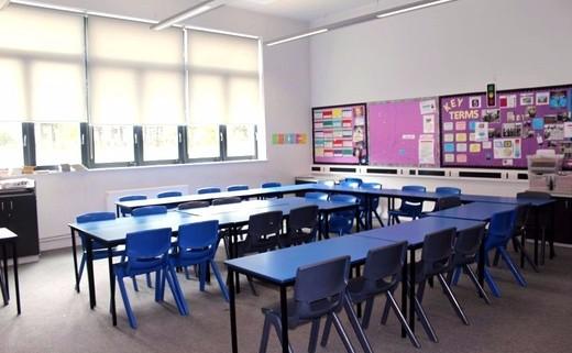 Regular_standard_classroom_2