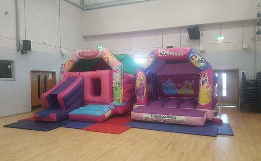 Regular_madbouncycastle20161218_113445
