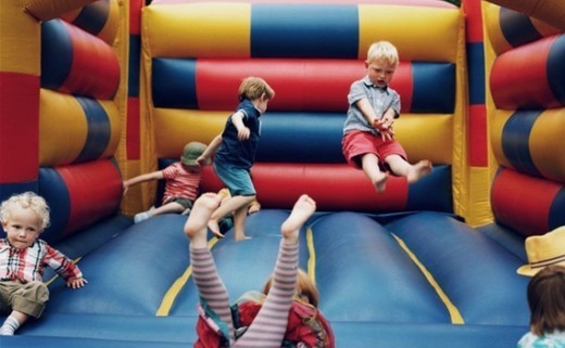 Regular_bouncy_castle_party