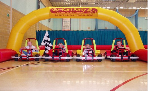 Regular_go_kart_party_image