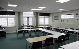 Thumb_ravenswood_-_classroom__2_