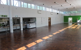 Thumb_tga_redditch_-_dining_area_th