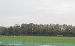 Thumb_harrop_fold_rugby_pitch