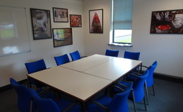 Thumb_dene_-_meeting_room