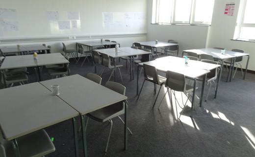 Regular_whitcliffe__-classroom