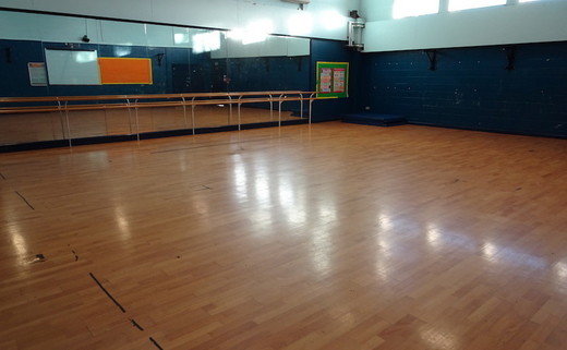 Regular_childwall_-_dance_studio_1_th