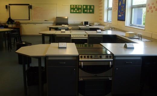 Regular_cookery_classroom