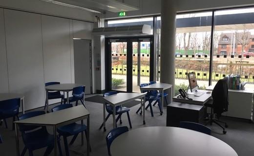 Regular_highfield_-_small_classroom