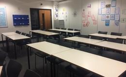 Thumb_dene_-_classroom