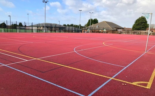 Regular_floodlit_muga_2