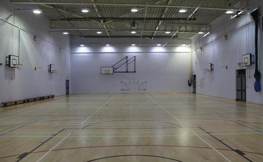 Regular_long_eaton_-_sports_hall_2