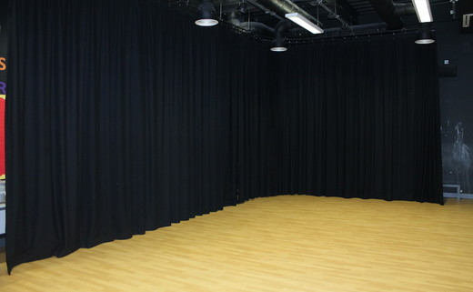 Regular_tibshelf_-_drama_studio