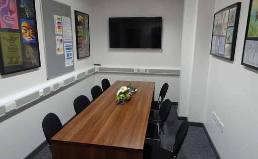 Regular_meeting_room