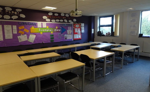 Regular_harborne_classroom_th