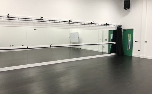 Regular_ncd_-_dance_studio_th