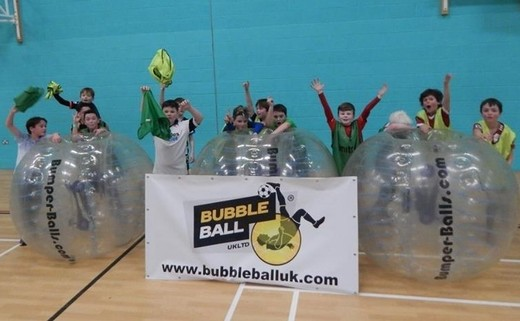 Regular_kids_indoors_bubble_ball