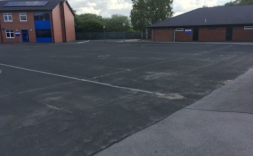 Regular_hawkley_hall_-_muga