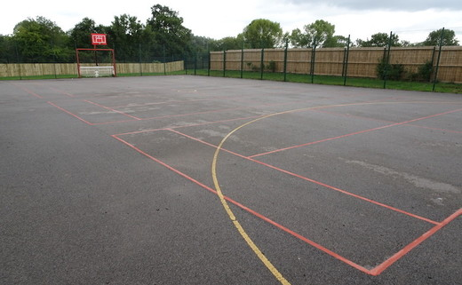 Regular_redbridge_-_tarmac_muga