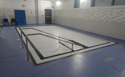 Regular_redbridge_-_hydro_pool