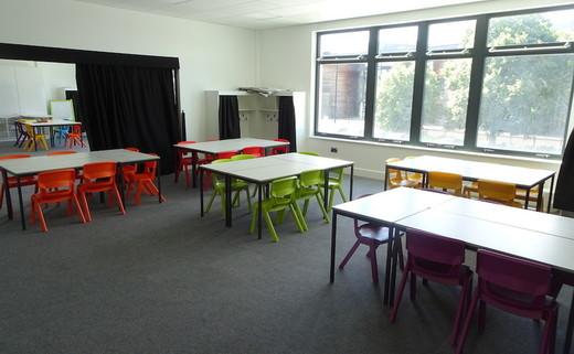 Regular_langley_primary_-_classroomthumbs