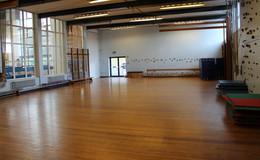 Thumb_dance_gymnasium_fearns_2_1040x642