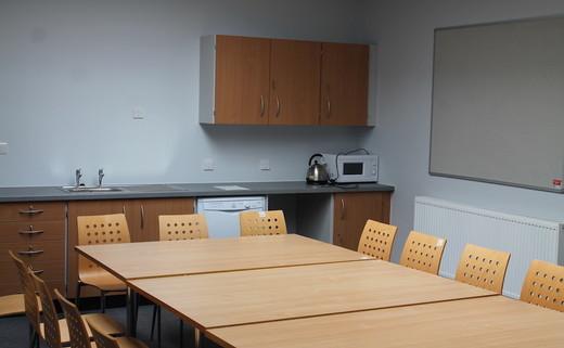 Regular_dchs_meeting_room_1thumbs