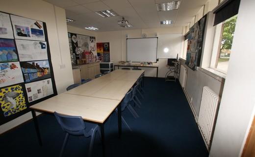 Regular_meeting_room
