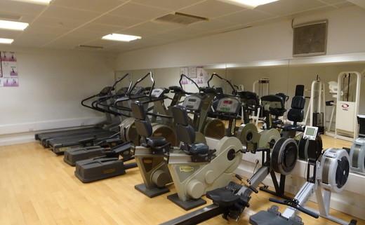 Regular_park_academy_-_fitness_suite_2