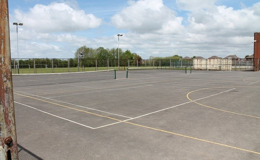 Regular_standish_flood_lit_muga