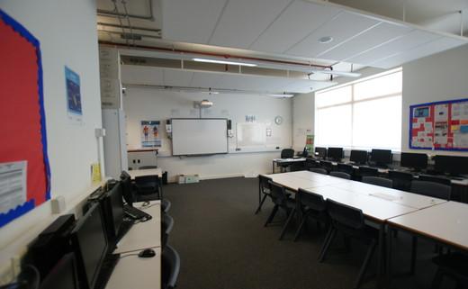 Regular_classroom_1