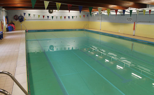 Regular_ossett_swimmimg_pool_1040x642