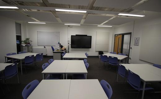 Regular_wye_-_classroom_2