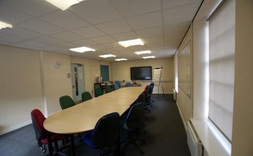 Regular_meeting_room__8_