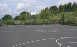 Thumb_outdoor_bball_1040x692