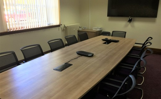 Regular_meeting_room_