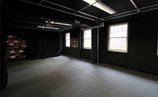 Regular_queen_s_school_-_drama_room