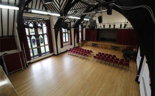 Regular_queens_school_-_main_hall_2