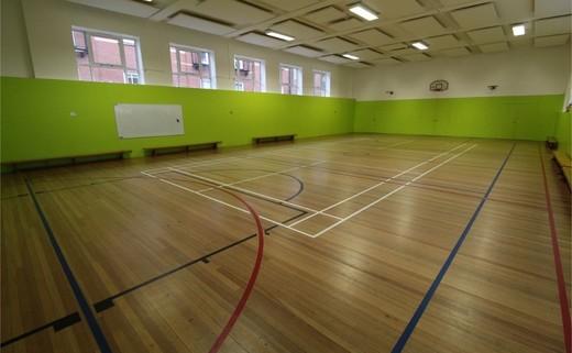 Regular_queens_school_-_gymnasium_3