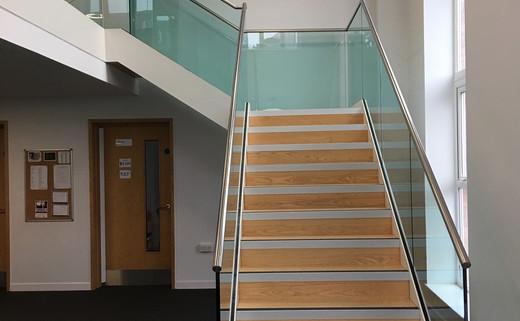 Regular_dodderhill_atrium_stairs