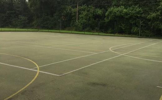 Regular_dodderhill_courts_2