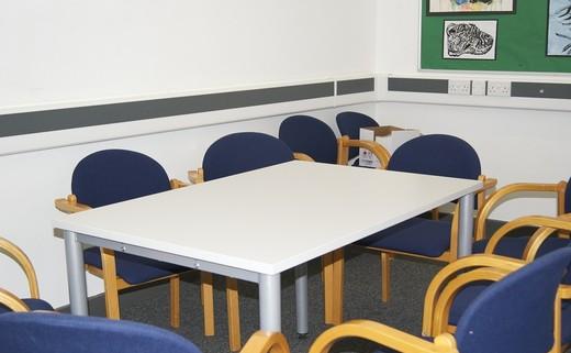 Regular_meeting_room_pv1-07
