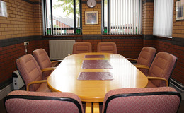 Thumb_meeting_room_2_1040x642