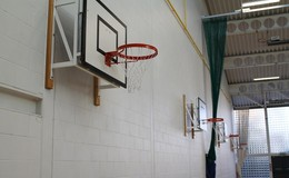 Thumb_sports_hall_basketball_training