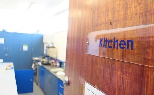 Regular_kitchen_entry__paint_version_