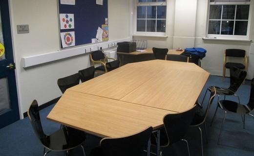 Regular_meeting_room_e1.11