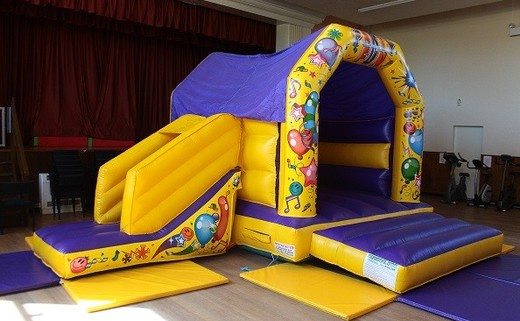 Regular_bouncy_castle_1__paint_version_