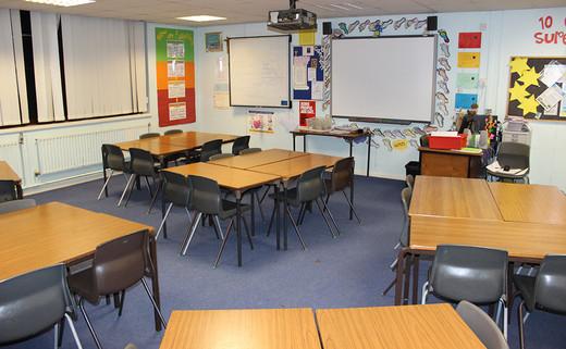 Regular_classroom_picture_1040x642