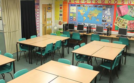 Regular_brownedge_classroomsimg_3010_thumb_