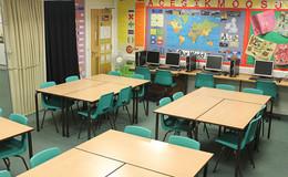 Thumb_brownedge_classroomsimg_3010_thumb_